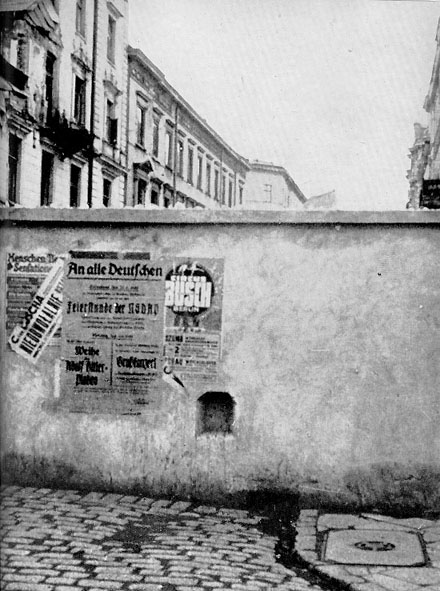 16 November 1940 worldwartwo.filminspector.com Warsaw Ghetto