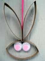 http://www.manualidadesinfantiles.org/conejo-con-rollos-de-papel