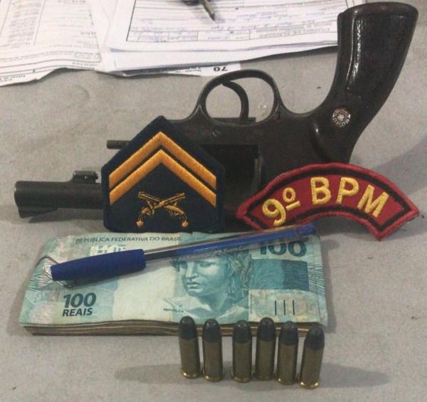 Em Inhapi, polícia apreende  arma de fogo durante patrulhamento em evento carnavalesco