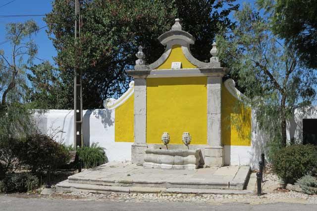 Chafariz de Vila Fresca