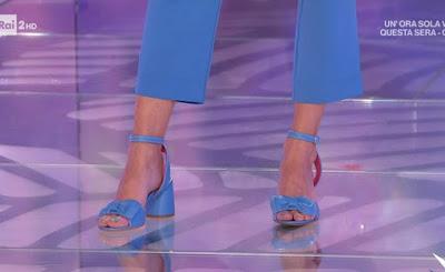 Martina Pascutti scarpe conduttrice qvc Italia