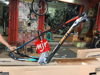 Frame United Ltd SL7 27.5 inch SIZE-S