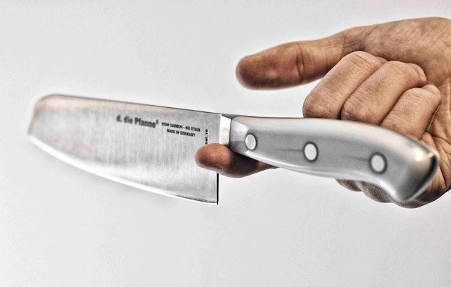 Balancetest des Messers Edition 7 von d. die pfanne