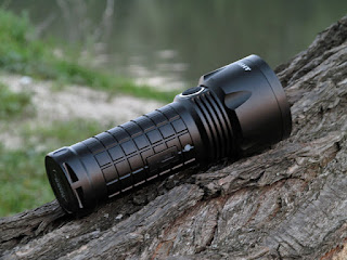 http://flashlionreviews.blogspot.com/2014/06/olight-sr52-intimidator-3x18650xm.html