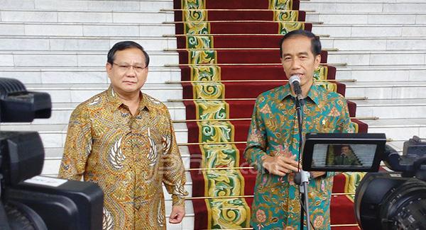 Pengamat Sebut Prabowo Tak Gunakan Data Saat Menilai Kepemimpinan Jokowi
