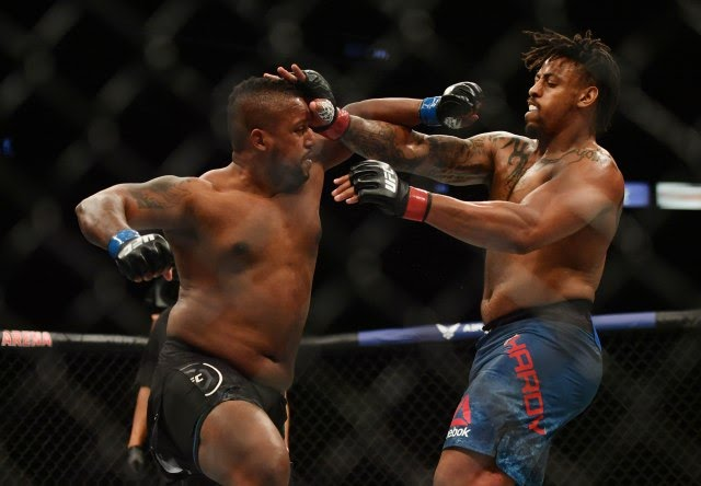Greg Hardy dedeats Yorgan De Castro UFC 249 2