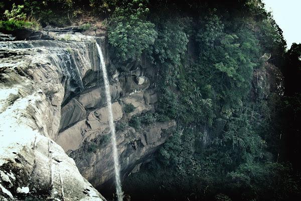 Cataratas Tad Suong
