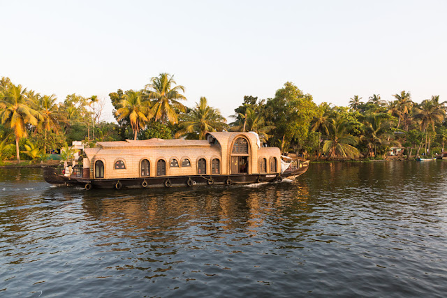 houseboat alleppey backwaters in kerala india
