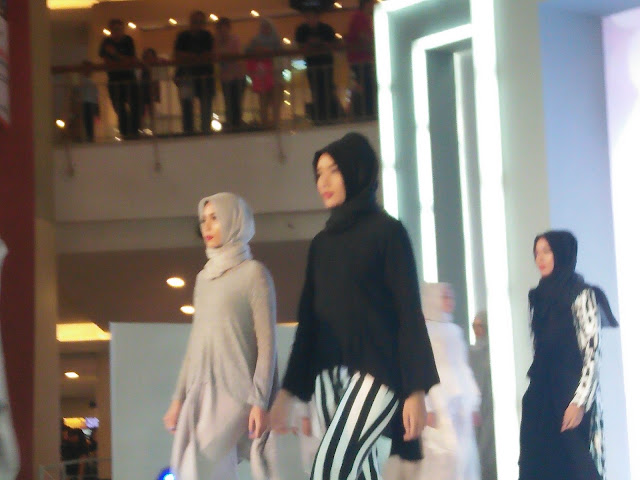 Tiffany Kenanga Hijab, Casual, Maskulin, dan Feminin Modest Fashion Made For You