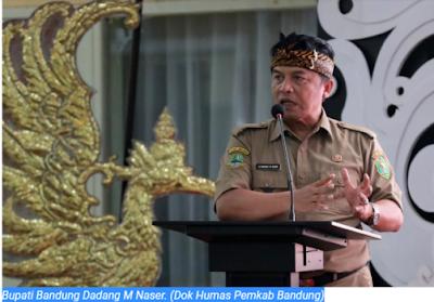 Bupati Bandung Surati Presiden Jokowi Minta Guru Honorer Jadi PNS Tanpa Dites