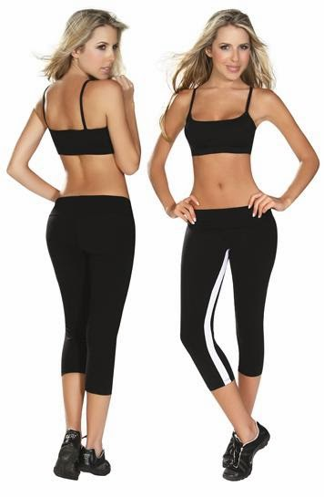 f13ff824b8c6 Sexy running clothes match your desire to run. Running with bushy clothes  will make the exercise unproductive. Bushy clothes will bring annoyance and  ...