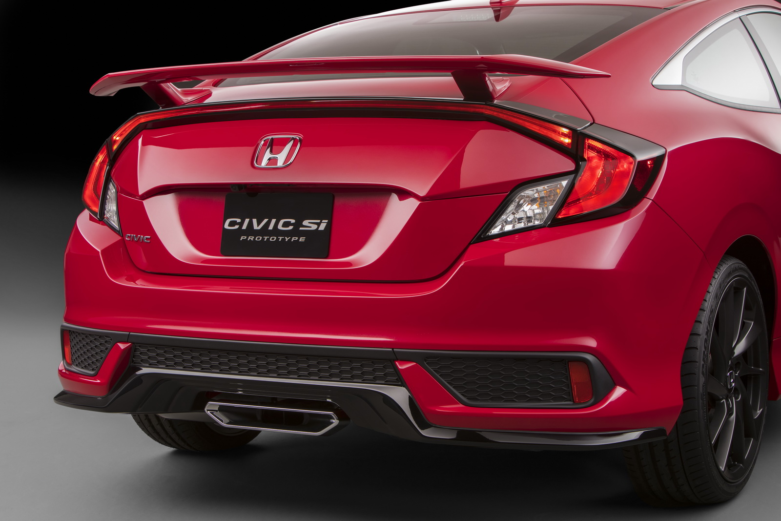 watch honda 39 s reveal of the 2018 civic si coupe and sedan at 11am est carscoops. Black Bedroom Furniture Sets. Home Design Ideas