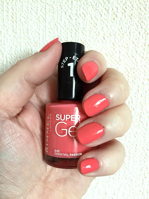 Rimmel Kate Moss Super Gel Polish In Cocktail Passion And Super Gel Top Coat