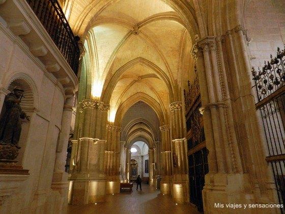 Interior de la catedral de El Burgo de Osma, Soria