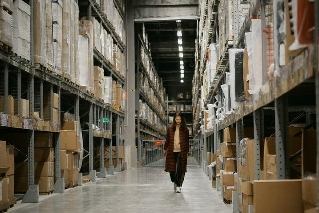 5 Masalah yang Sering Terjadi pada Manajemen Gudang Manufaktur