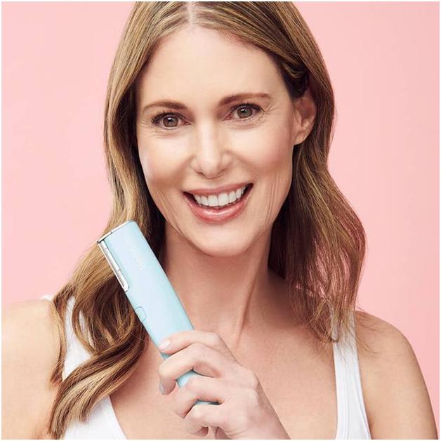 How Dermaflash Enhances Women's Facial Hair Removal