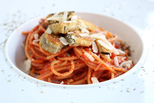 Albergínia milanesa amb espaguetis