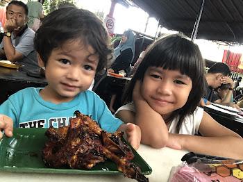 Happy Breakfast Ayam Kampung Goreng Madu
