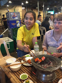 Night Saigon Street Food Team