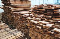 Sumber bahan baku kayu untuk industry mebel (Furniture)