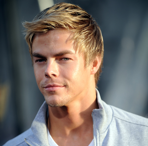 International Wallpaper: American Dancer Derek Hough