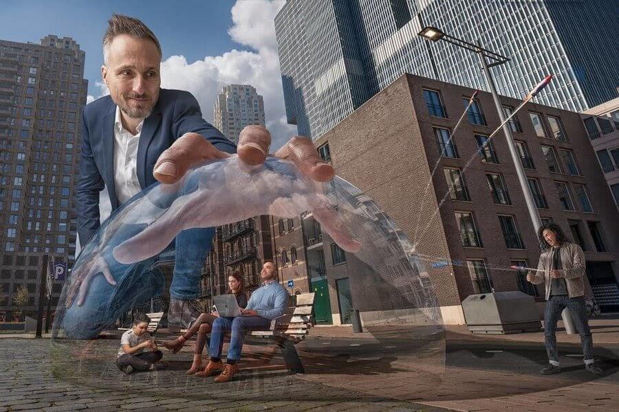 11-Living-in-a-bubble-Adrian-Sommeling-Digital-Art-www-designstack-co