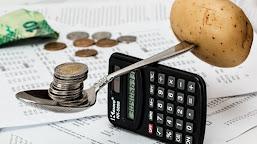 Waspadai Bahaya Kebiasaan Anak  Remaja Anda Berutang Uang