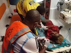 LASEMA rescues suspected COVID-19 patient on street(Photos)