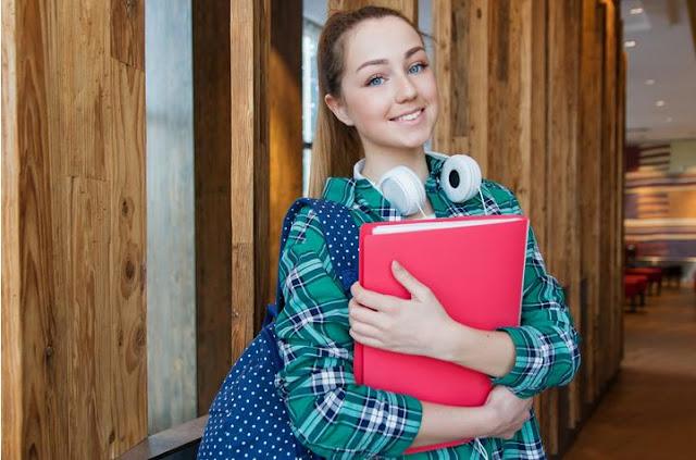 11 Jurusan Kuliah Dengan Prospek Kerja atau Wirausaha Paling Bagus Era Digital