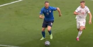 ملعب ويمبلي يبتسم لإيطاليا في مباراة إسبانيا