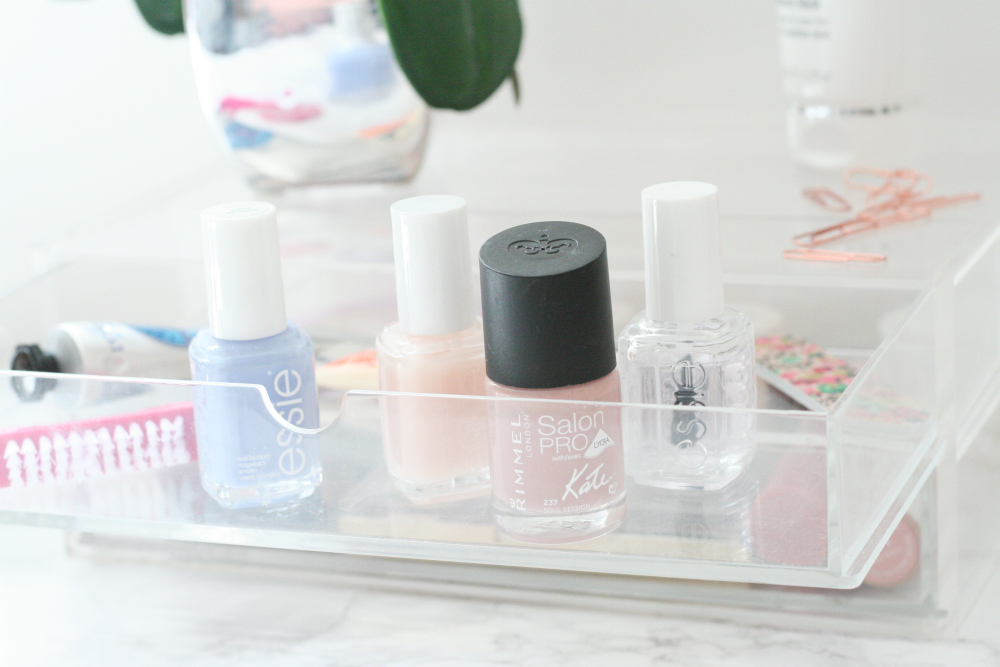 The Sunday Post, Manicure Routine, Nails, Essie, Rimmel