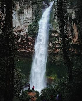 Jelajah Nusantara : Air terjun putri malu, pesona di balik hutan belantara