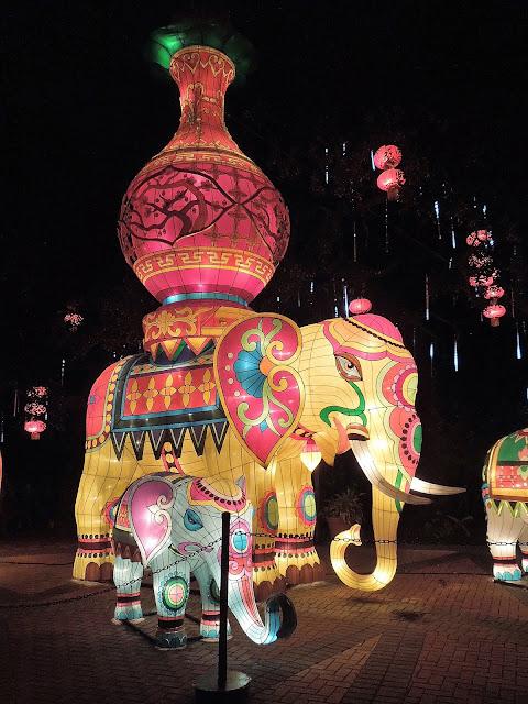elephant bearing vase