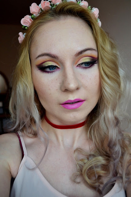 makijaż, makijaż boho, ideal lilac, cut crease, jak namalować piegi