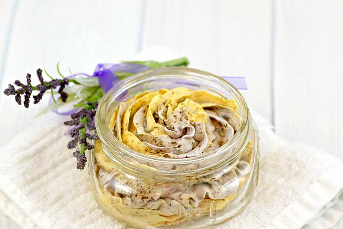 How to make fluffy whipped soap. This DIY recipe doesn't use a base and uses melt and pour soap instead. It has lavender and calendula for dry skin. Use this homemade recipe for shaving cream or a foaming frosting style soap. This herbal soap is fun to use and cleanses your skin. This awesome fun tutorial is great for aults and kids. It also has ideas for cute packaging too. #fluffy #whipped #soap #diy
