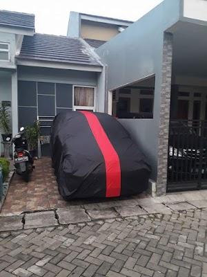 Tips Memilih Bahan Cover Sarung Mobil Terbaik