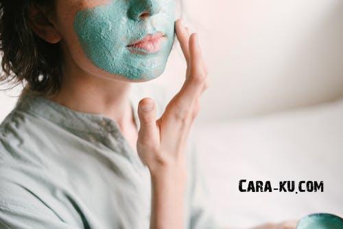 4 Cara Membuat Masker Wajah Untuk Menghilangkan Komedo