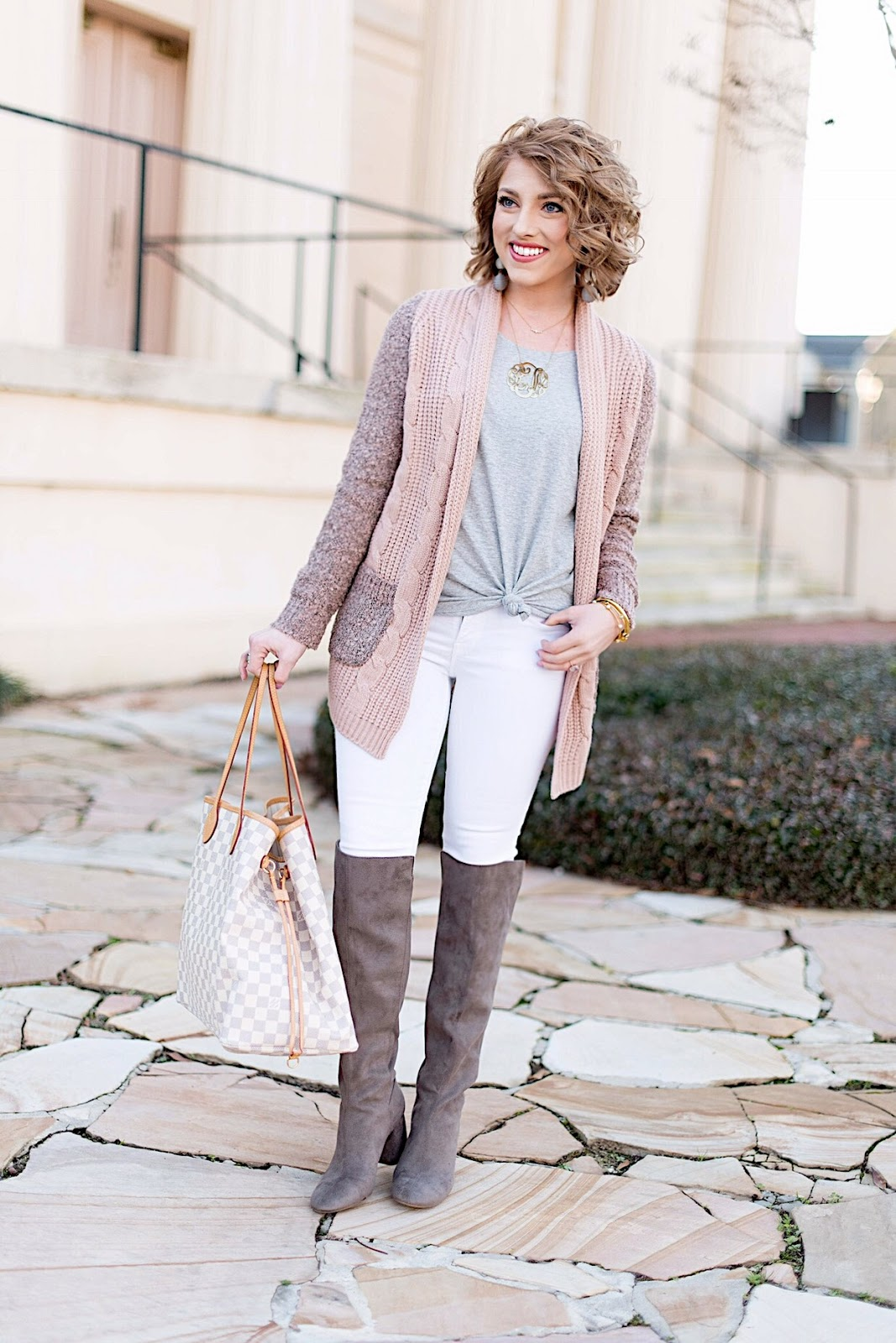 How to style white jeans in the winter - Click through for the full post on Something Delightful Blog!