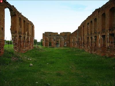 Ружаны. Руины замка Сапег
