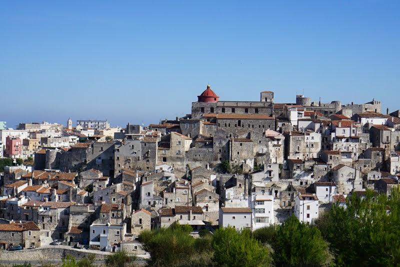 Itinerario di 4 giorni in Puglia alla scoperta del Gargano e delle Città dell'olio - cosa vedere in autunno tra Vico del Gargano, Vieste e Carpino
