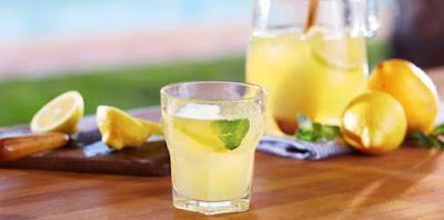 Manfaat Dan Bahaya Minum Jus Lemon Setiap Hari
