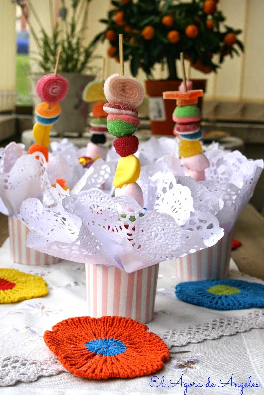brochetas de chuches,cumpleaños, fiestas infantiles, mesas dulces
