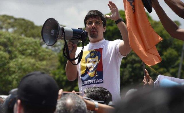 """Oposición convoca a una nueva movilización este sábado #8Abr """"con el doble de gente"""""""