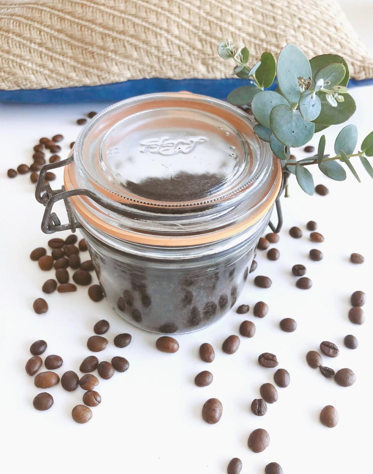 Diy gommage exfoliant maison au marc de café pour le corps