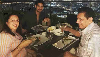 Sidharth Malhotra With Her Mother And Father