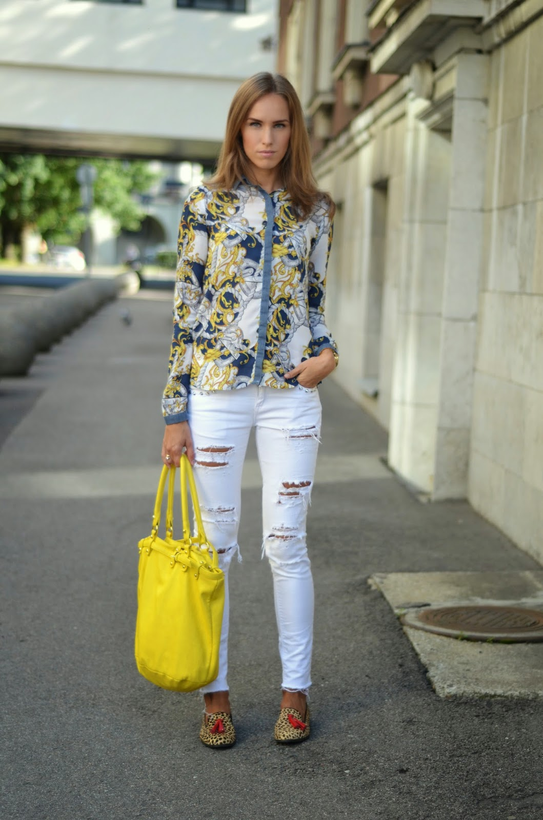 stradivarius shirt gina tricot white jeans monton yellow bag outfit