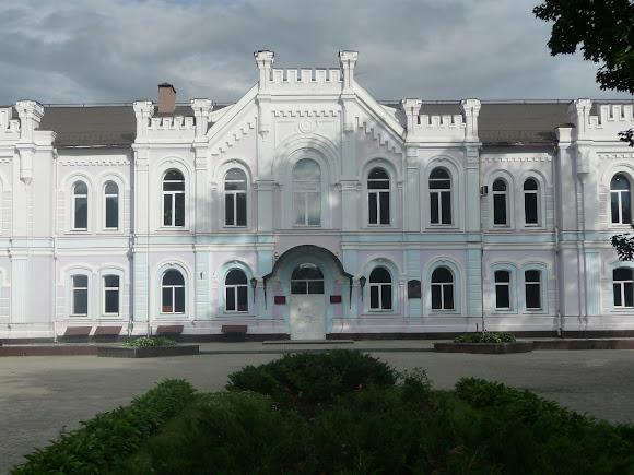 Суми. Колишня жіноча гімназія. Банківська академія. 1873 р