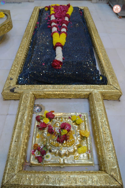 Shiridi sai baba Samadhi images