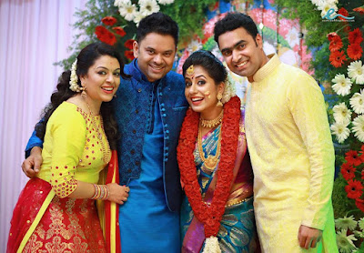 Jyothi-Krishna-engagement-photos-with-radhika-brother