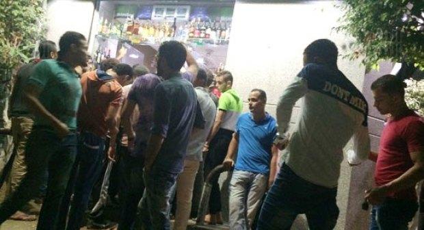 تارودانت24 أكادير : إقبال منقطع النظير على محلات بيع الخمور، والملاهي الليلة تحقق نسب ملء كبيرة